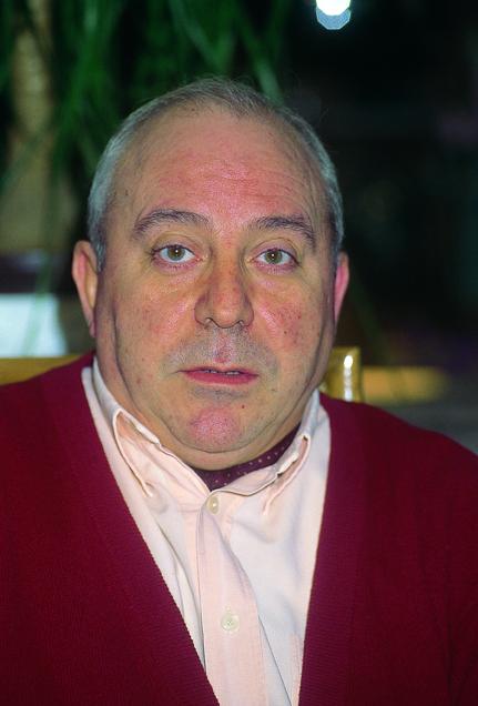 """Jesús María Amilibia (Bilbao, 1943) es periodista y escritor. Pertenece a la llamada """"generación de Pueblo"""", trabajó a las órdenes de Emilio Romero durante ... - amilibia"""